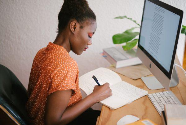 7 Useful Tips on Managing Remote Teams andFinances - Helppier Blog