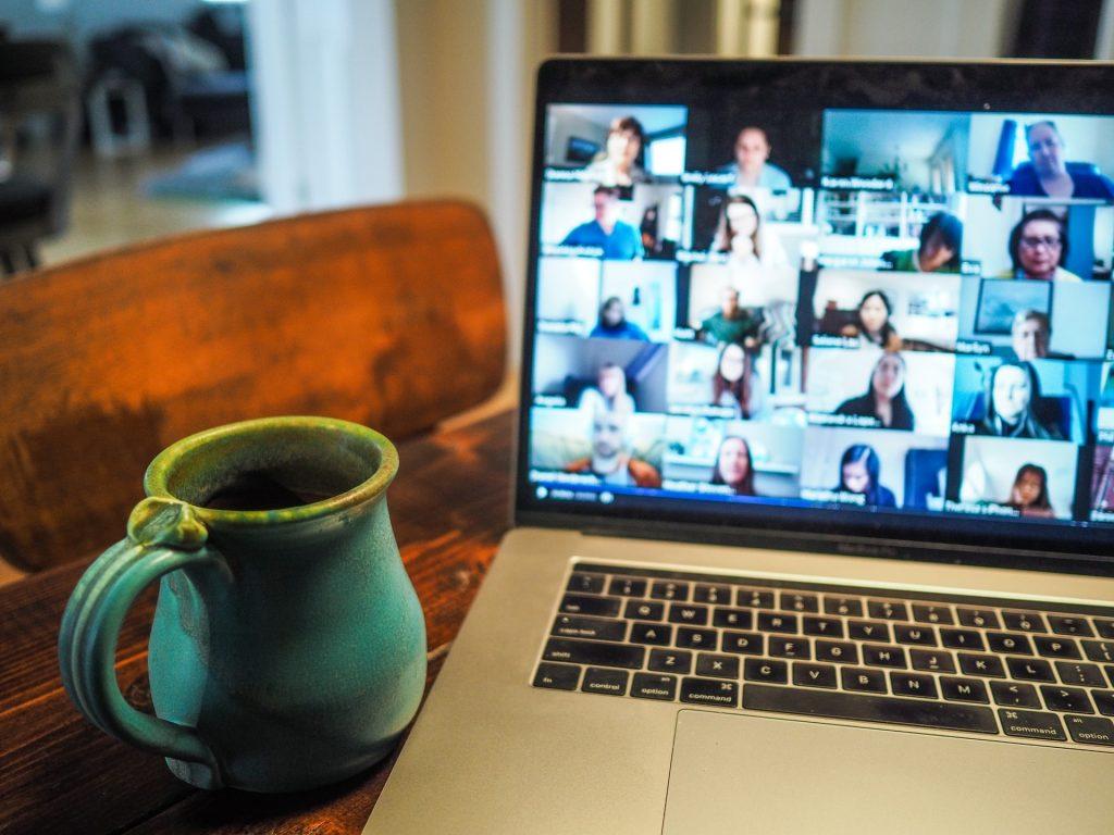 How to Simplify Employee Onboarding Process Online - Helppier Blog