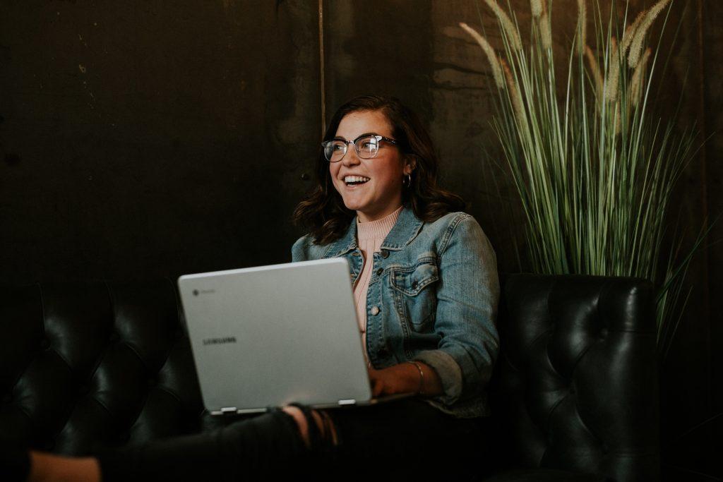 How User Onboarding & Customer Engagement Reinforce OneAnother - Helppier Blog